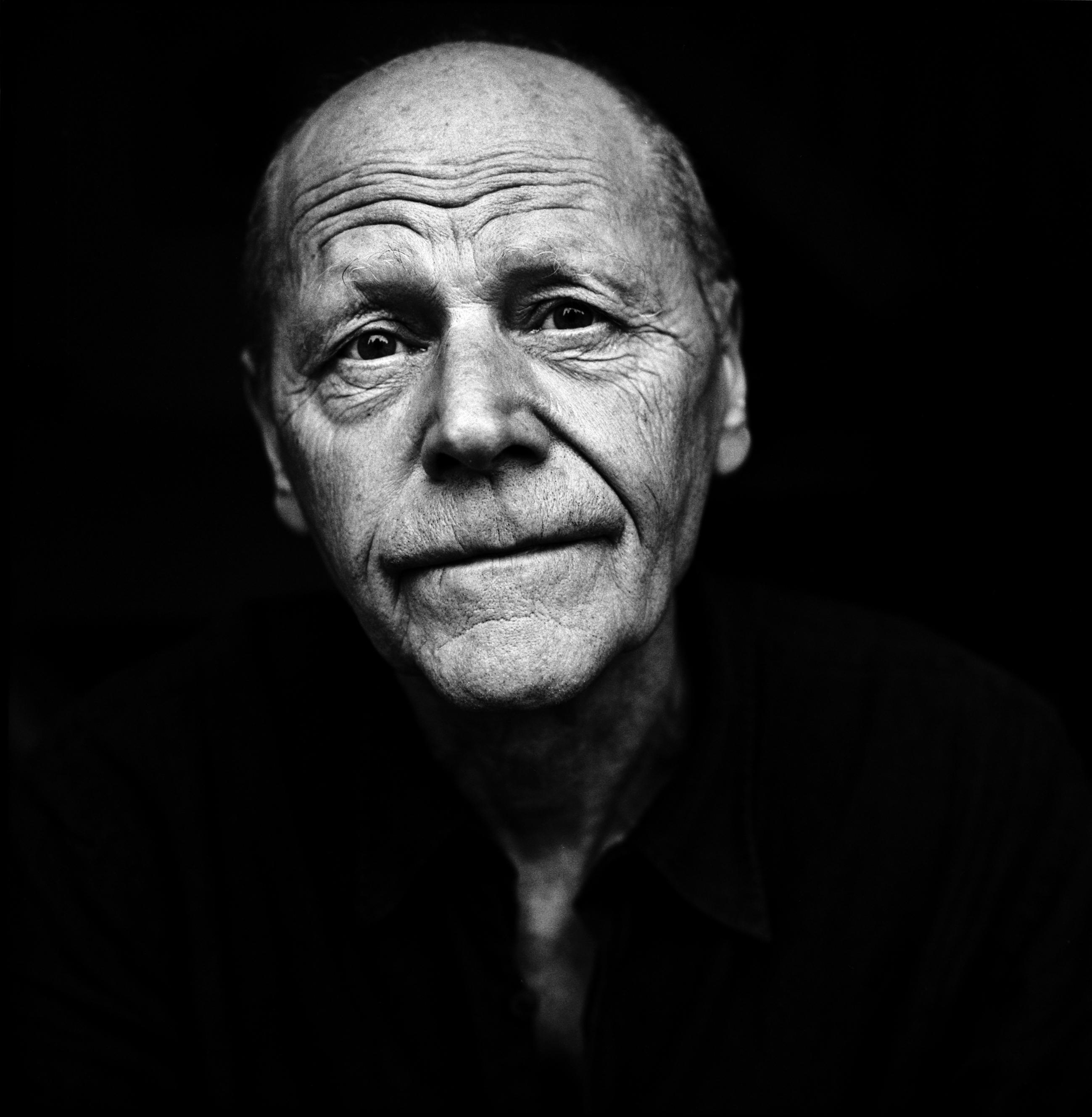 Pierre Michon est le lauréat du Prix Franz Kafka 2019 pour l'ensemble de son œuvre